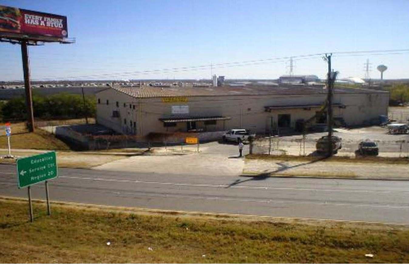 2934-n-pan-am-expressway-san-antonio-tx-sold-december-3-2010